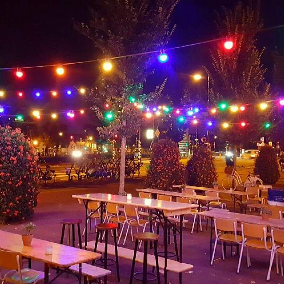 Feestverlichting LED Patio 30 kleur - 30 meter / 36 fittingen